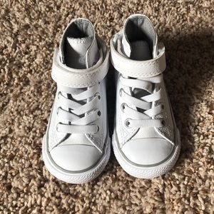 Brand new toddler converse - size 5 (no box)